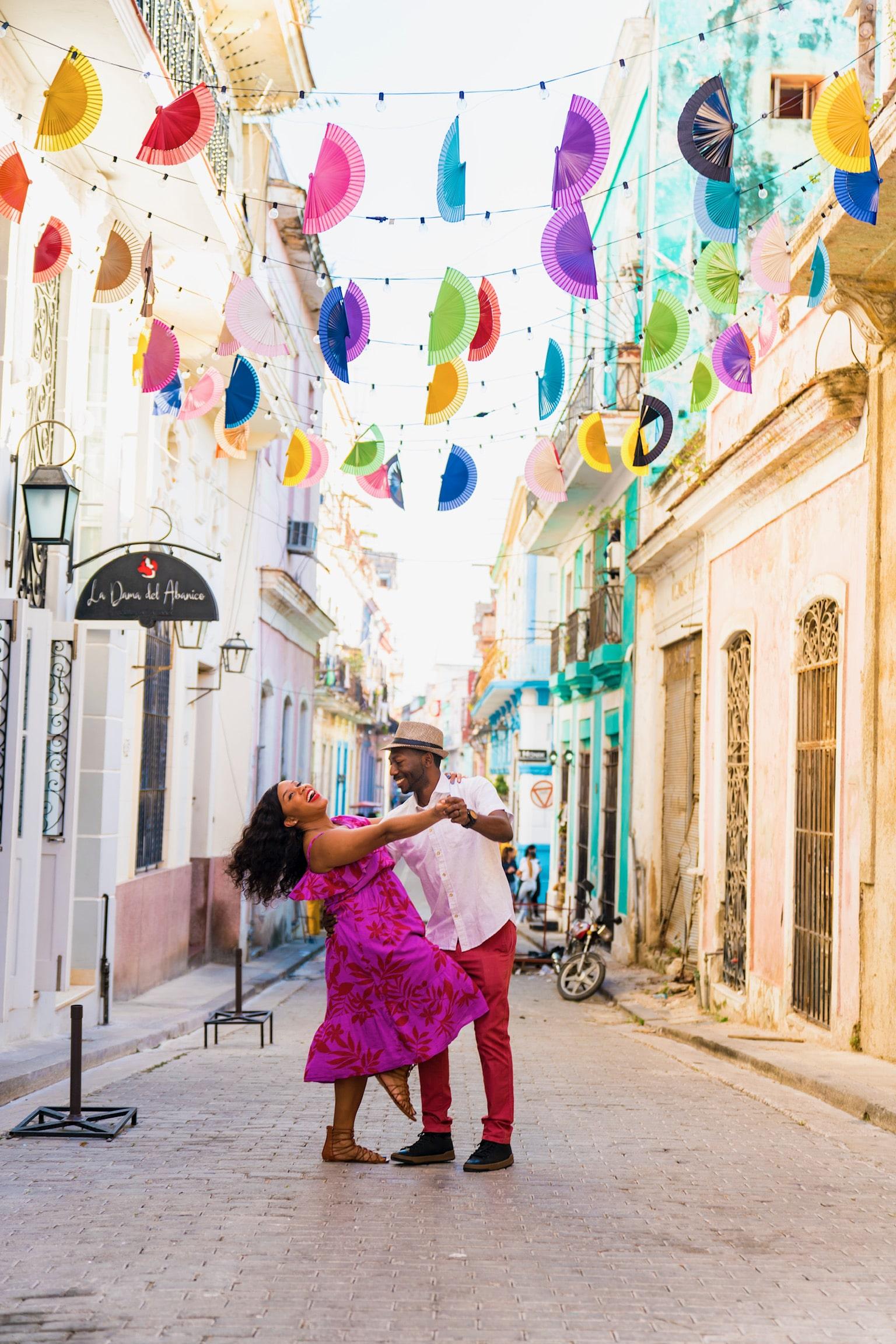 Cuba- Dancing
