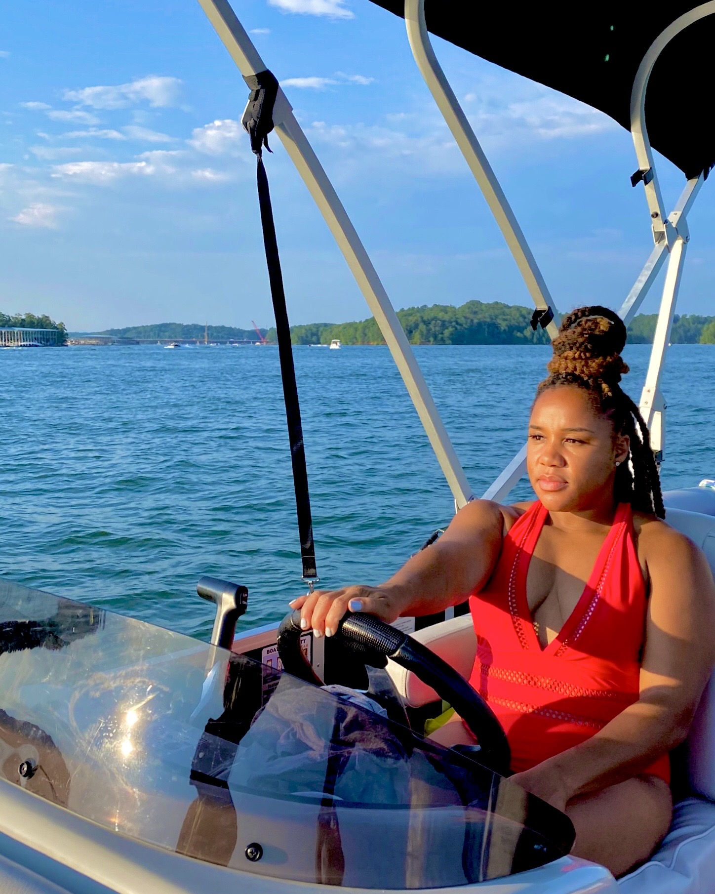 Lake Lanier Boat Rental- driving